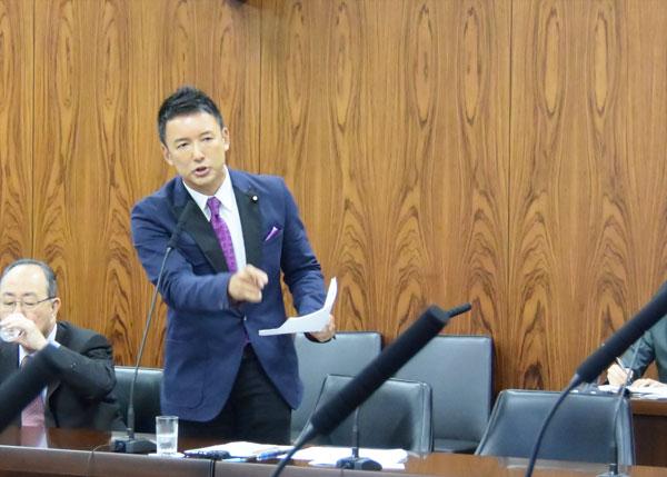 5.14内閣委 写真